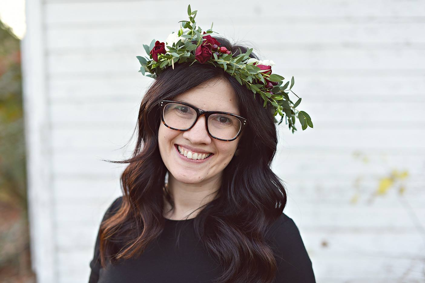 Heres how to actually create a beautiful flower crown alices table izmirmasajfo