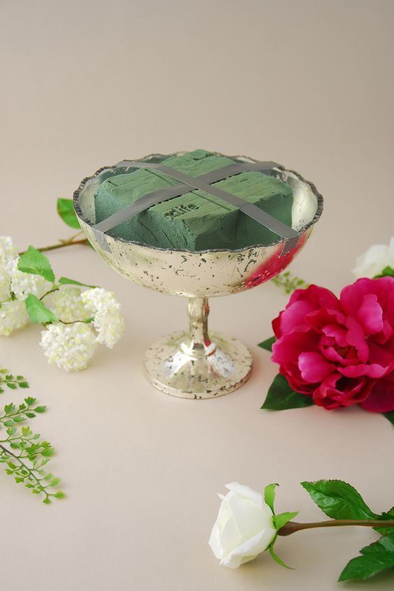 The dos and donts of silk flower arranging alices table image courtesy of save on crafts mightylinksfo
