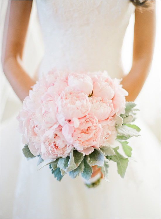 Perfect Peony Wedding Bouquets | Alice\'s Table