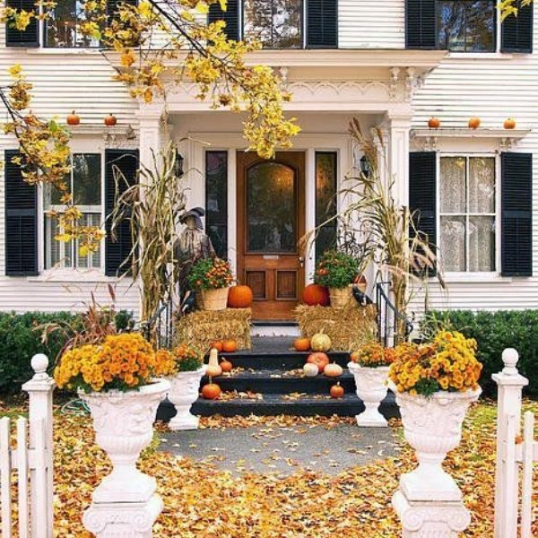 The Ultimate Fall Decorating Guide We Swear By