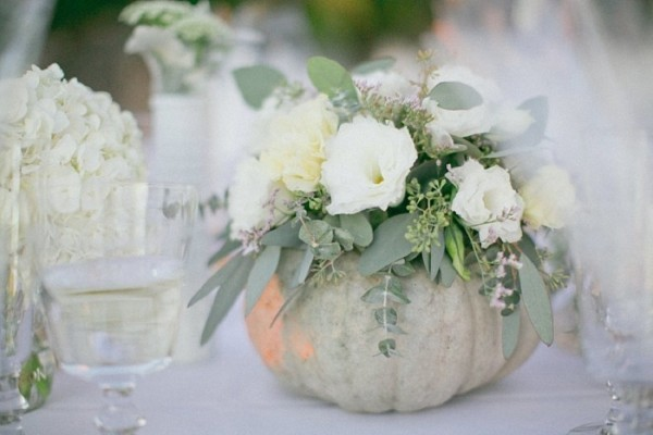 Diy pumpkin vase centerpieces to spruce up your fall